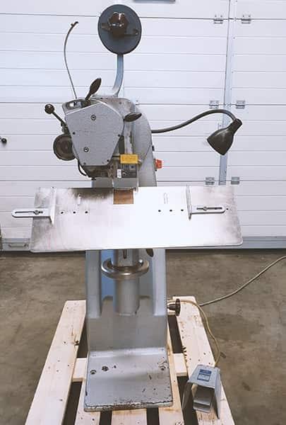 Hohner Favorit Stitching machine